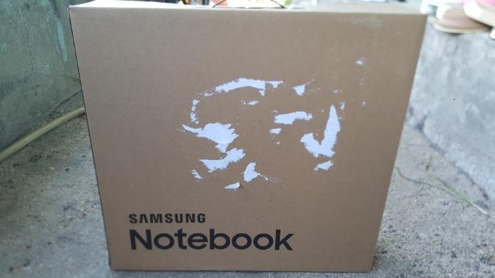 삼성노트북 판매패봅니다NT550EBA K24