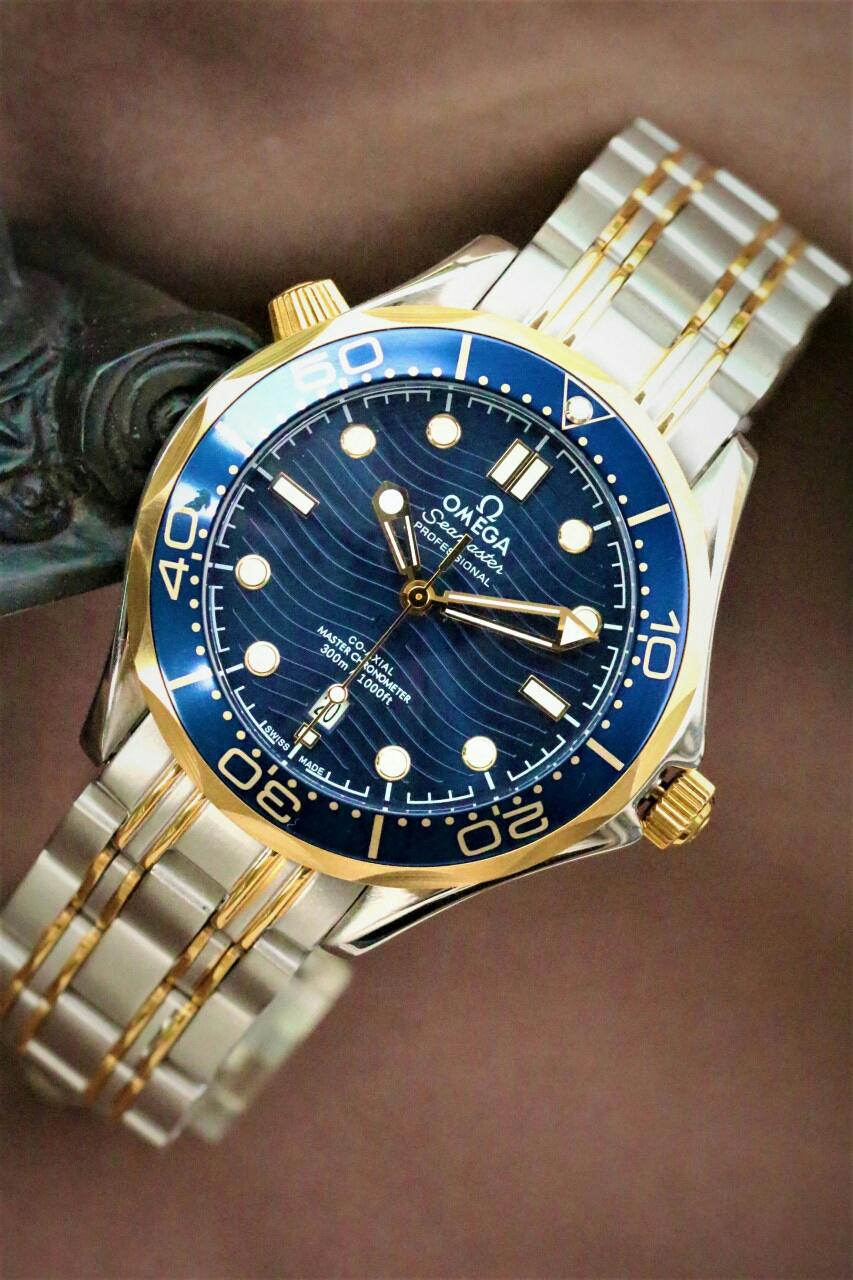 오메가 씨마스터 300신형 손목시계 시계