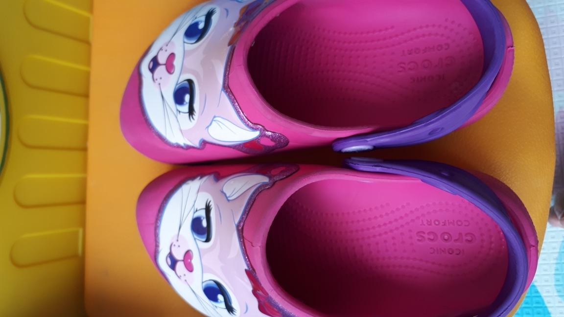 여아 크록스 신발 (c13사이즈)