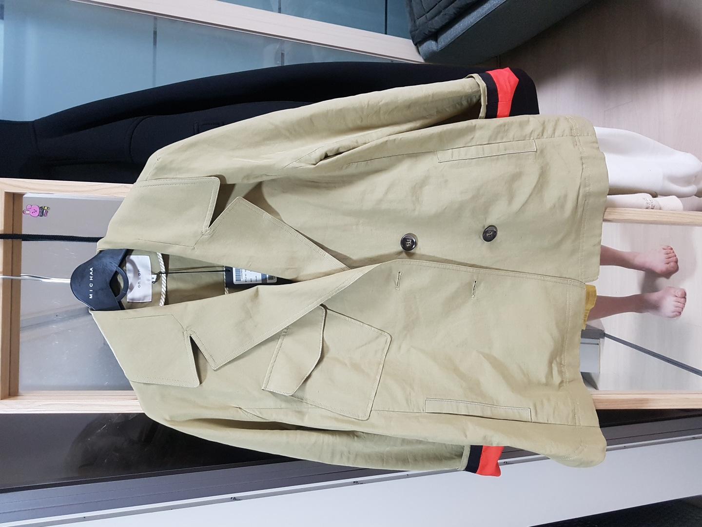 (새상품) 온앤온 루즈핏 숏 야상자켓