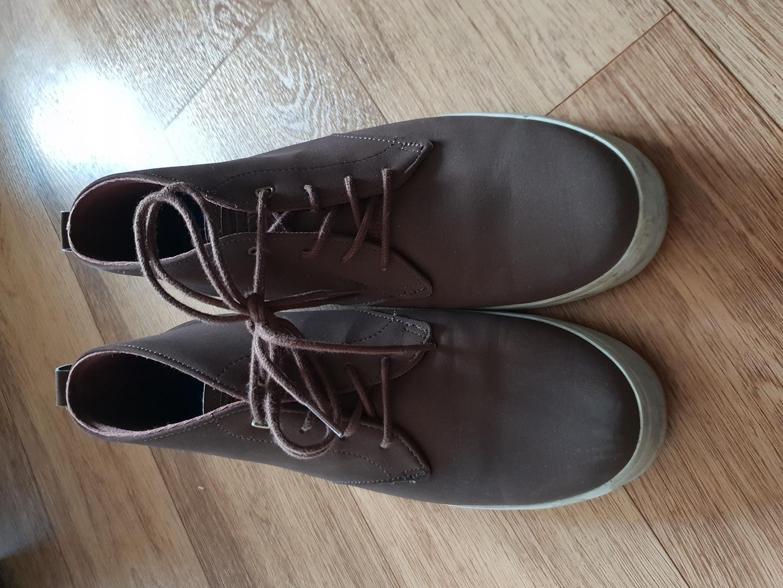 신발 팔아봅니다
