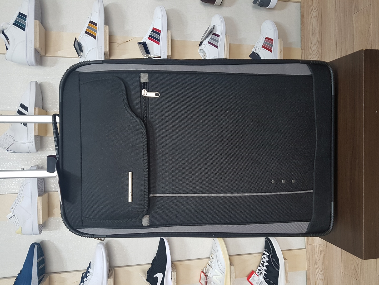 브랜드 여행가방 캐리어