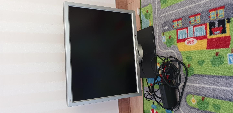 컴퓨터모니터