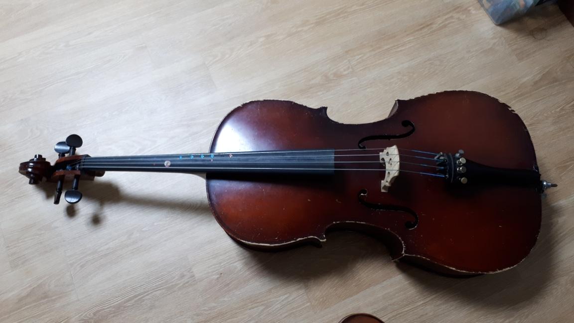 첼로3/4,바이올린 2/4 연습용 판매 각 2만원 팔아요