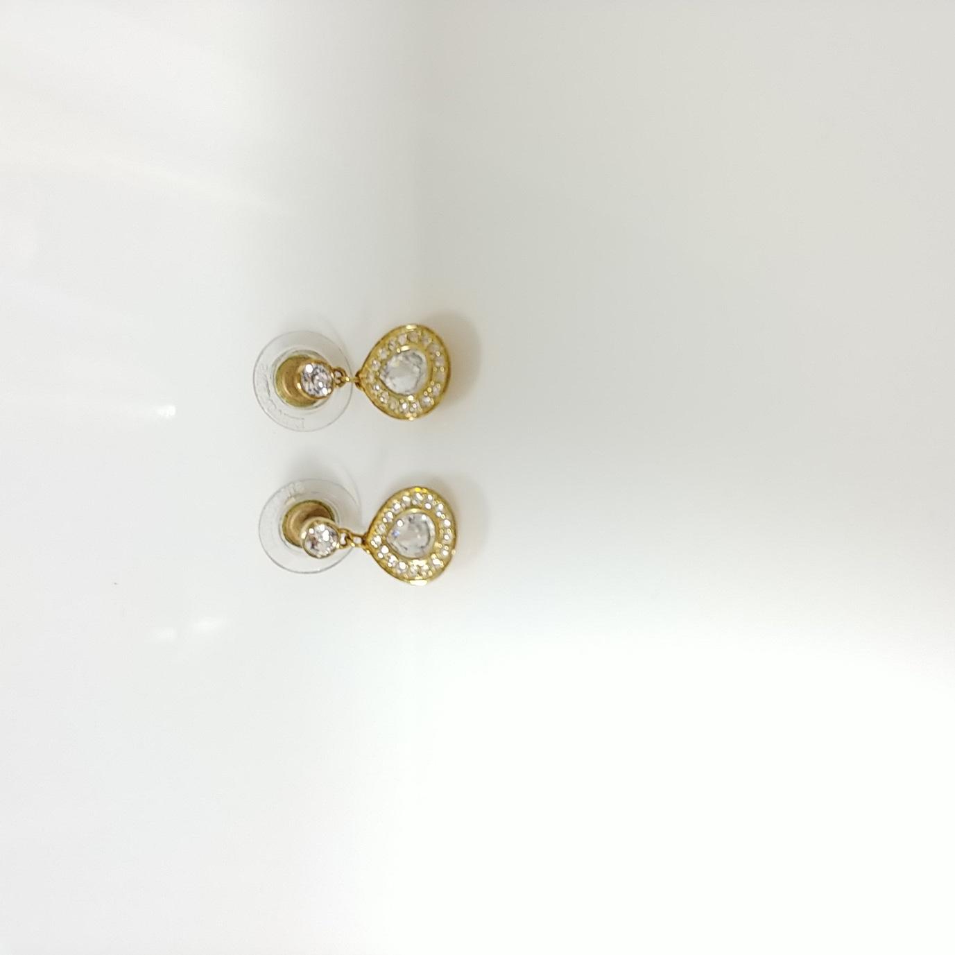 (정품)스와로브스키 귀걸이-활용도 높음