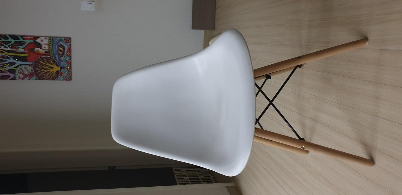 에펠의자 식탁의자 화이트의자 책상의자