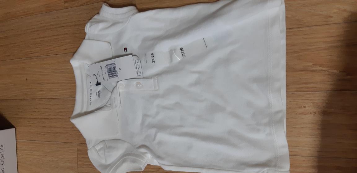 타미 흰티셔츠