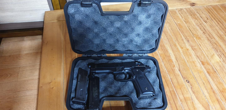 베레타 비비탄권총
